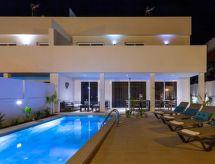 Villa Palm Breeze