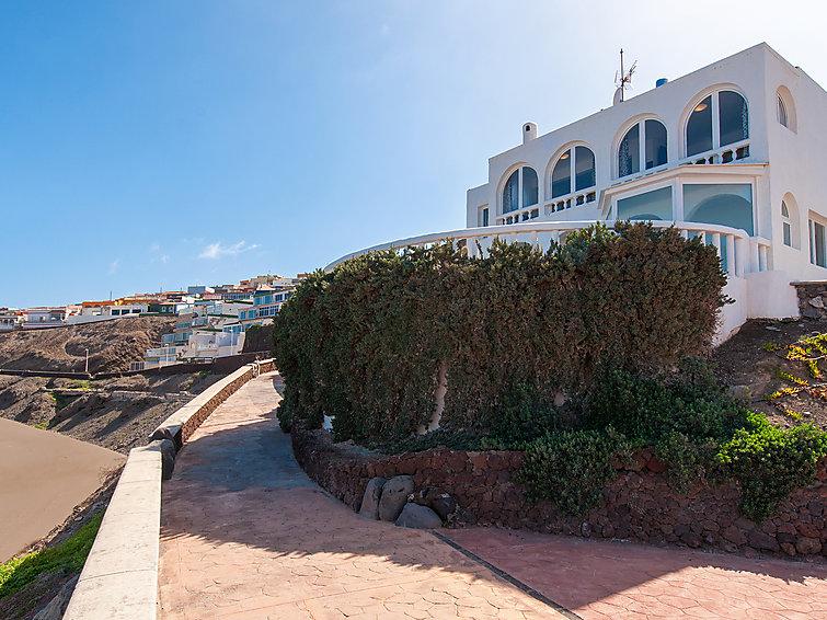 Beach House at Playa del Hombre Accommodation in Las Palmas
