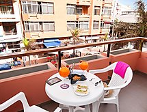 Las Palmas - Apartment Apartment with Terrace by the beach