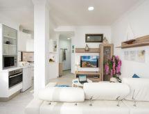 La Concha Suite Beach Apartment