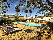 Casa Lola y Juan, Alacena con wlan y para golf
