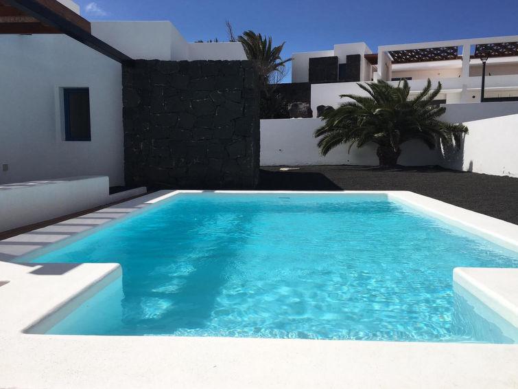 Bellavista Accommodation in Playa Blanca