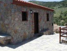 Casa Rural Los Manantiales II con parking y microondas