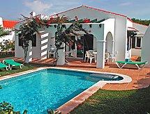 Villas Cala'n Bosch V3D ST 03 sütővel és terasszal