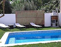 Casa Juan terasszal és mosógéppel