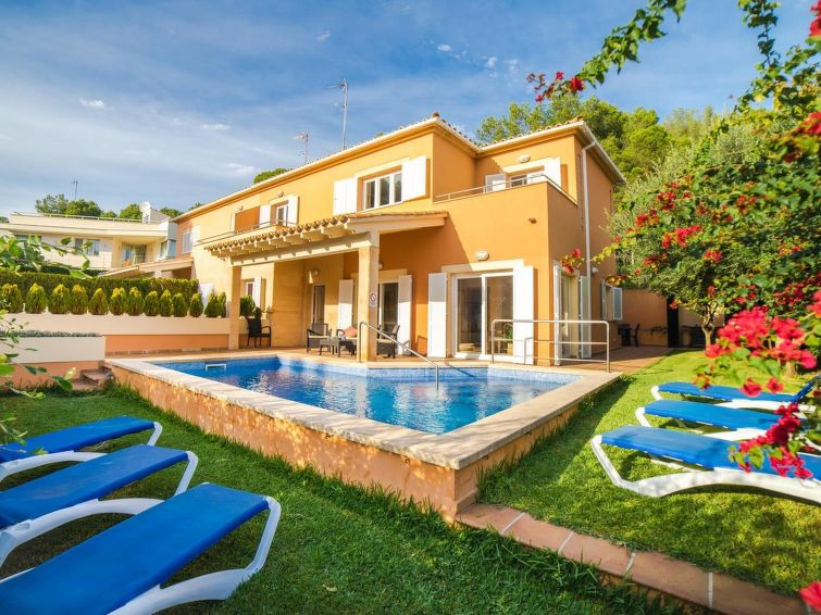 Alcúdia accommodation villas for rent in Alcúdia apartments to rent in Alcúdia holiday homes to rent in Alcúdia