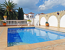 Empuriabrava - Holiday House Falconera 68B
