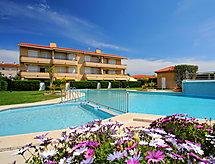 Tamarindos mit Pool und Garten