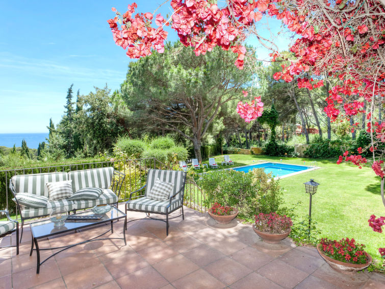 Begur accommodation villas for rent in Begur apartments to rent in Begur holiday homes to rent in Begur