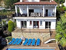 Villa Calamar golfozáshoz és vitorlázási lehetőséggel