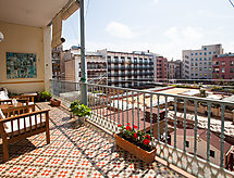Eixample Esquerre Rambla Catalunya mit Patio und Terrasse