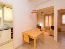 Barcelona - Apartamento Sants-Montjuïc Violant d'Hongria
