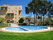Golden Pineda con oportunidades de vela y piscina