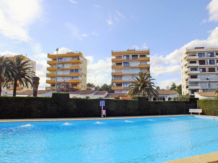 Apartamento Apartamento Miami Palace in Miami Platja, España ES9584 ...