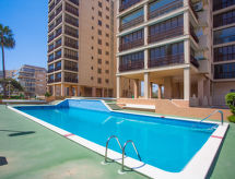 Edificio Playamar II con parking cubierto y lugares de surf