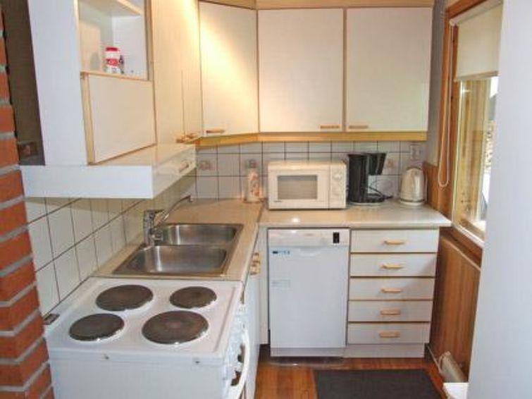 Ferie hjem Kumpulahti med sauna og ovn