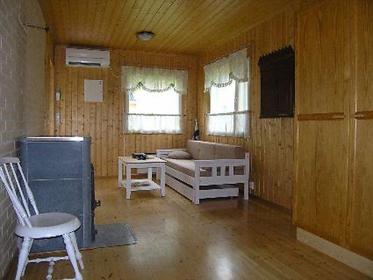 Feriehus Myllylähteen talo med badstue og kjæledyr er tillatt