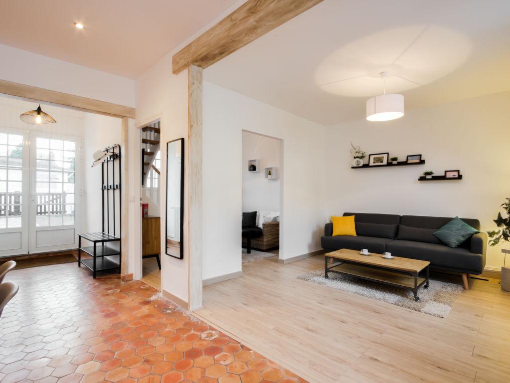 Ferienhaus Kergorlay Villa in Frankreich