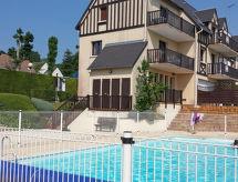 Houlgate - Lomahuoneisto La Cour du Moulin