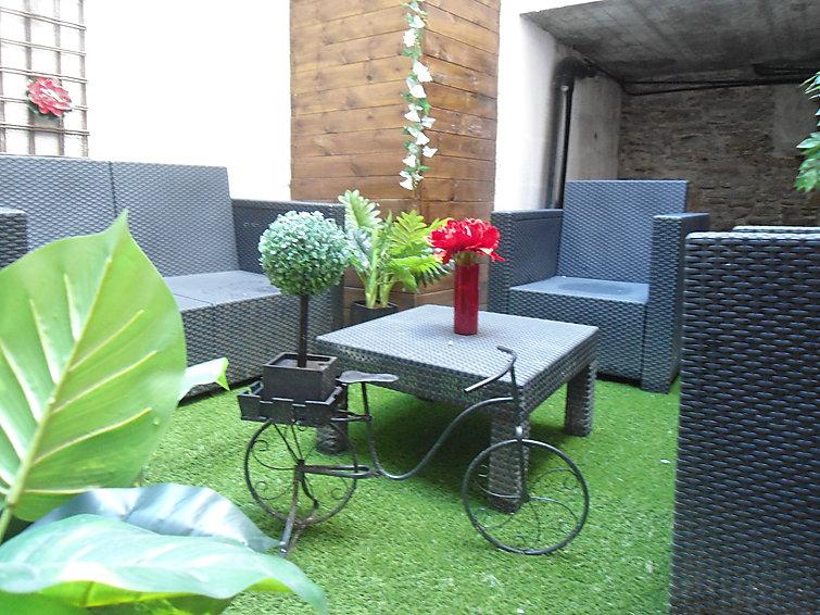 nantes, france appartement jardin en ville fr2510.10.1 | interhome
