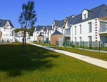 Les Sylphes con parcheggio coperto und patio
