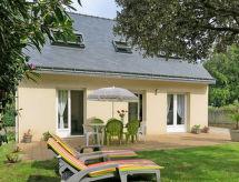 Sarzeau - Vacation House Villa Suscinio (RHU351)