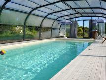 Combourg - Ferienhaus Ferienhaus mit Pool (LCF101)