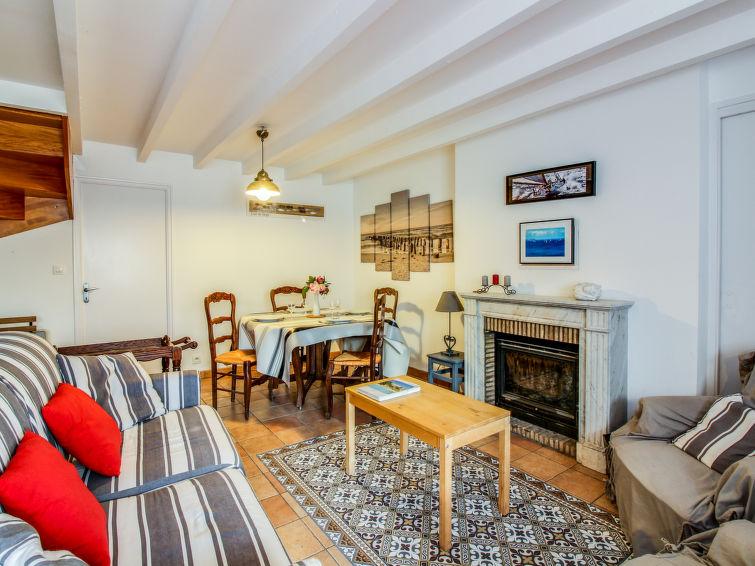 Rezervujte si Apartmá v Quiberon, Bretaň-jih, Francie online: 2 osob, 1 ložnic, 30 m2, Internet, Parkování, TV.