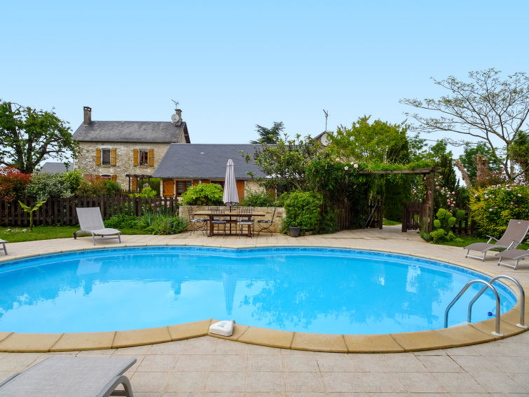 Groups accommodation Les Trois Canards (16p) with pool (I-807)