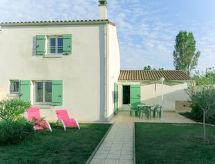 Ile d'Oléron - Vacation House Les Mottes Vertes (IDO151)