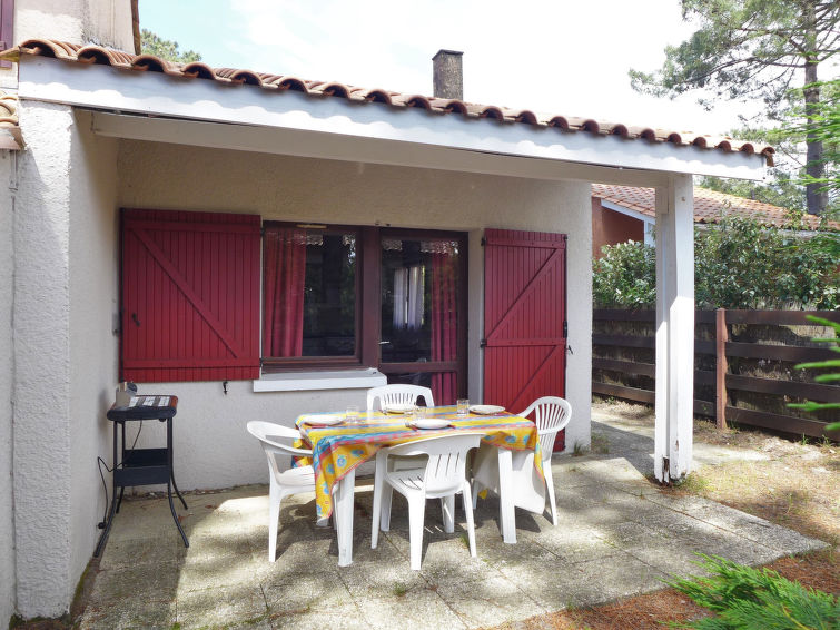 Les As Accommodation in Lacanau