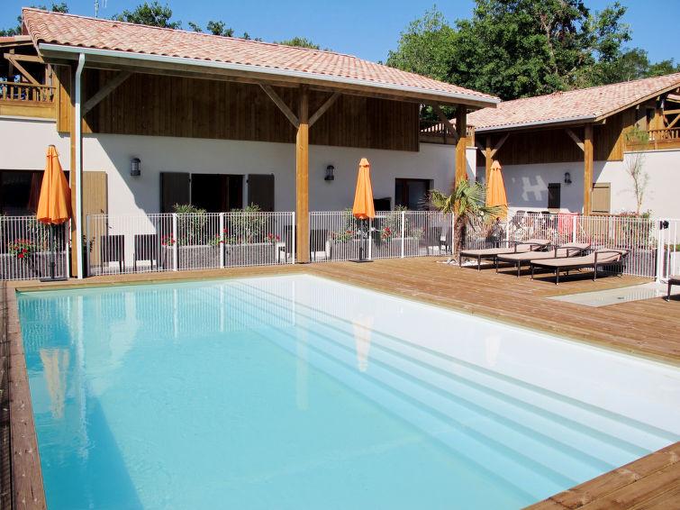 Les Rives du Lac (LCA223) Holiday resort in Lacanau