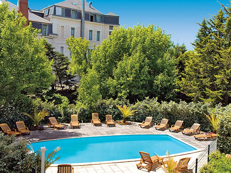 Arcachon France Appartement Villa Rgina Fr  Interhome