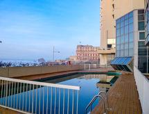 Victoria Surf med bruser og balkon