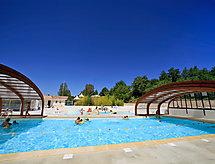 Hameaux des Lacs con piscina y parking