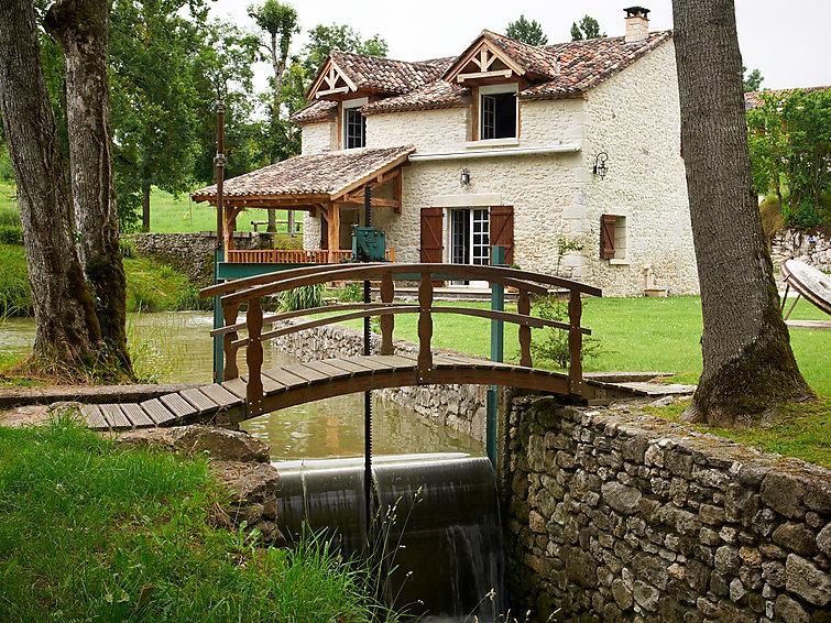 Moulin de Rabine <br/>EUR 218.00 <br/> <a href='http://www.vakantie.discount/meer-informatie-over-de-locatie/?ttproductid=1ec1c43b5ca23b6e10e7a73e5d8d5f35' target='_blank'>Lees meer!</a>