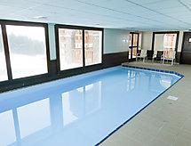 O Sancy con piscina und balcone