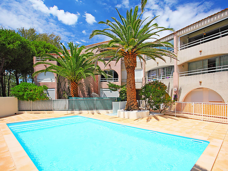 Cap d'Agde accommodation villas for rent in Cap d'Agde apartments to rent in Cap d'Agde holiday homes to rent in Cap d'Agde