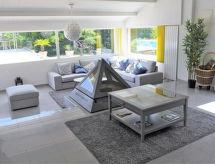 Narbonne - Holiday House Maison Bas Razimbaud