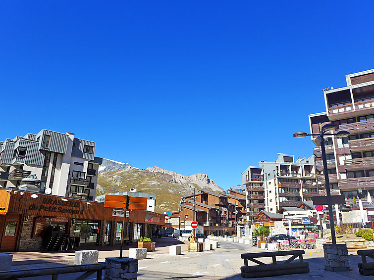 Photo of Le Curling B in Tignes - France