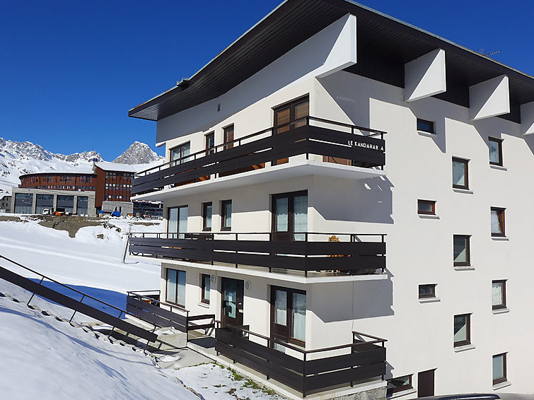 Tignes accommodation chalets for rent in Tignes apartments to rent in Tignes holiday homes to rent in Tignes
