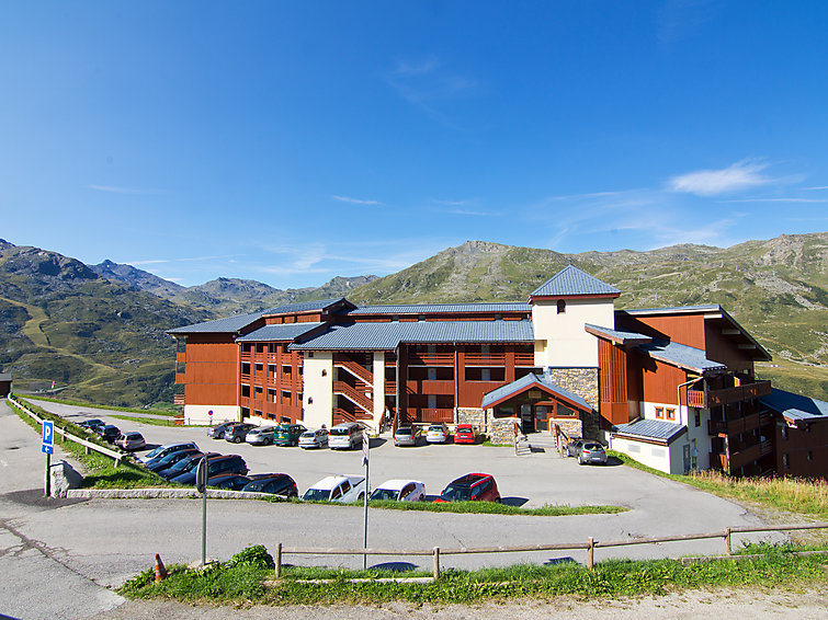 lakes mountains necou a 1 bedroom summer apartment in les menuires summer chalets