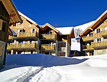 Hameau des Aiguilles for cross-country skiing and toboggan