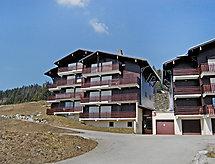 Les Maisons Des Bois mit Balkon und Mikrowelle