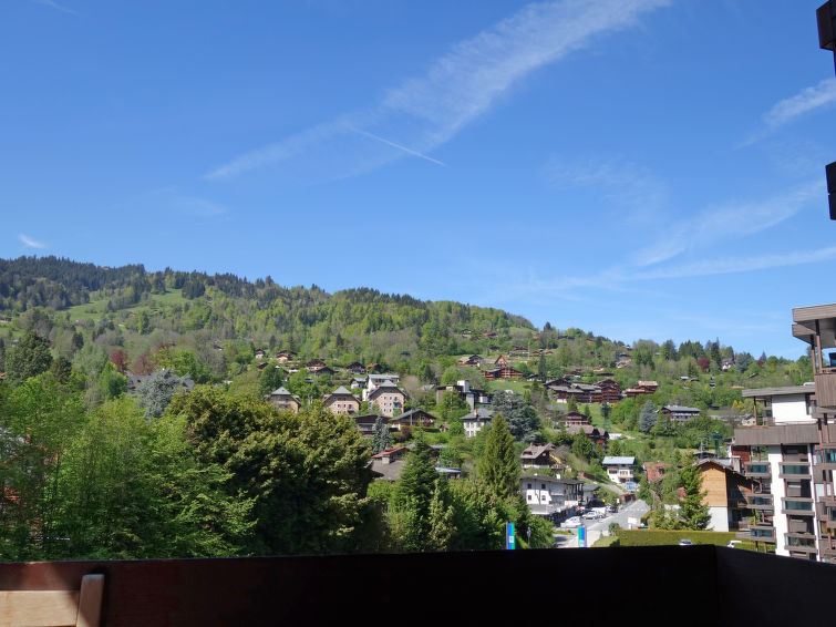 Slide4 - Castel des Roches