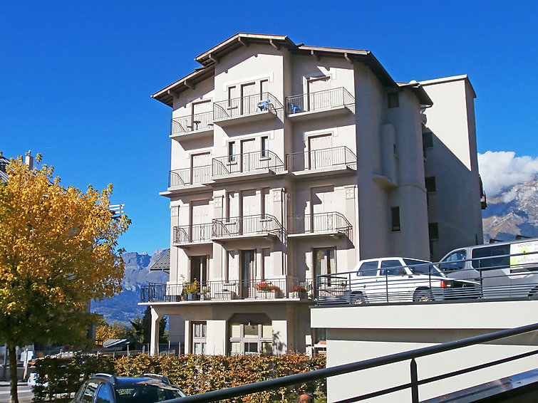 Le Geneve - Slide 3
