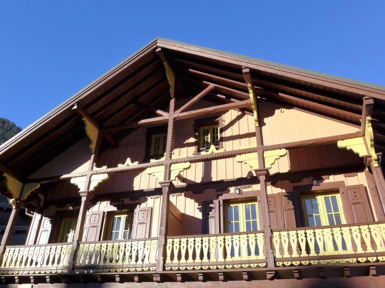Le Chalet Suisse - Slide 5