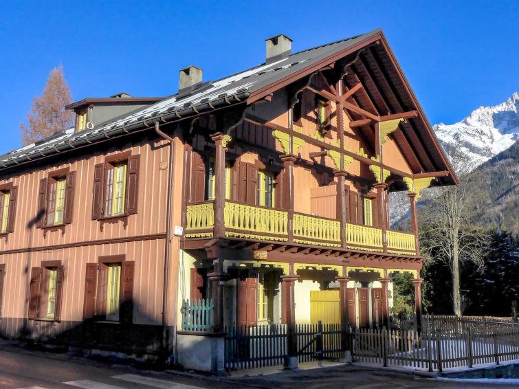 Le Chalet Suisse - Slide 3