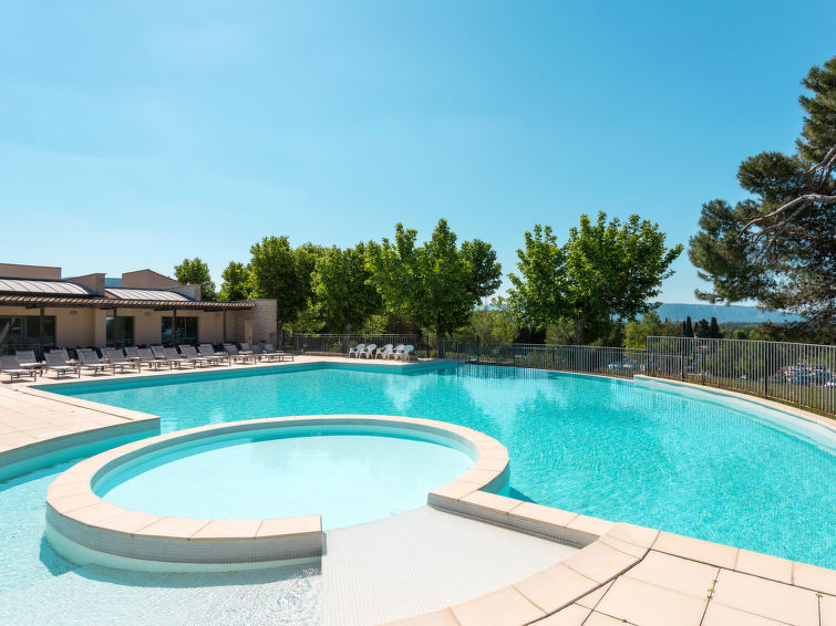 Provence Country Club (LSS201) Holiday resort in Isle sur la Sorgue