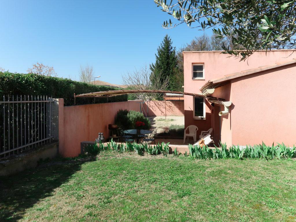Holiday house (LSS102) (696686), L'Isle sur la Sorgue, Vaucluse, Provence - Alps - Côte d'Azur, France, picture 14